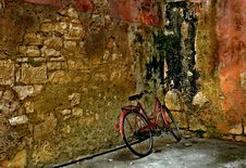 Free Bicycle And An Old Wall Stock Photos - 21267153