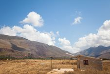 Free House In The Countryside Of Macari, Sicily Stock Photography - 21274002
