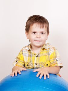 Free Boy With Gymnastic Ball On White Royalty Free Stock Photography - 21287967