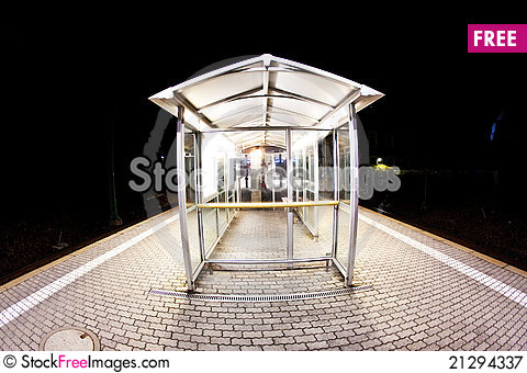 Free Empty Station Early Morning Royalty Free Stock Photography - 21294337