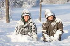 Free Happy Boys In Snow Royalty Free Stock Photography - 21290607