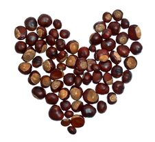Free Heart From Chestnuts Isolated Royalty Free Stock Photo - 21290955