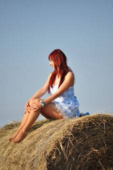 Free Girl Sit On Haystack Royalty Free Stock Photo - 21292695