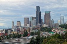 Free Seattle Downtown Skyline On A Cloudy Day Royalty Free Stock Photo - 21293585