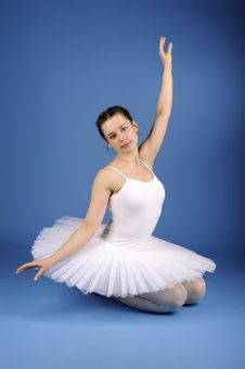 Free Ballet Dancer In White Tutu Stock Photos - 21294093