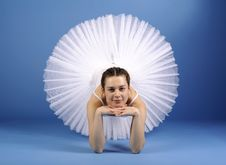 Free Ballet Dancer In White Tutu Royalty Free Stock Images - 21294109