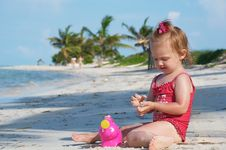 Free A Baby Girl On The Beach Royalty Free Stock Photo - 21295205
