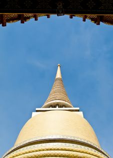 Free Pagoda Of Ratchabophit Temple In Bangkok Royalty Free Stock Photos - 21295218
