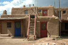 Free Pueblo Home Royalty Free Stock Photo - 21296095