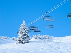Free Skiing Slope Royalty Free Stock Images - 21297679