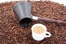 Free Coffee Beans And Cezve Royalty Free Stock Images - 21299819