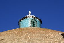 Free Top Of The Dome And Small Towe Royalty Free Stock Image - 2132736