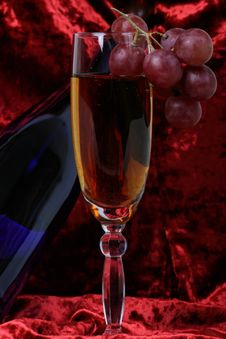 Free Blue Bottle Of Wine, Glasses A Royalty Free Stock Photos - 2133008