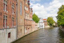 Free Bruges Canal Royalty Free Stock Image - 21301876