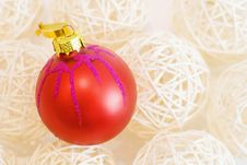 Free Chrismas Tree Decoration Red Ball Royalty Free Stock Image - 21306326
