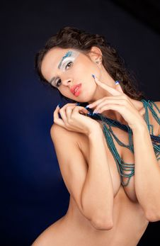 Free Beautiful Woman With Carly Dark Hair Royalty Free Stock Photography - 21309637