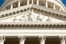 Free Minerva Statue At California Capitol Building Royalty Free Stock Images - 21310119
