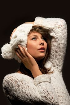 Free Girl In White Wool And Cap Royalty Free Stock Image - 21311396