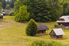 Free Traditional Slovak Village Royalty Free Stock Photos - 21313088