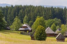 Free Traditional Slovak Village Royalty Free Stock Photography - 21313127