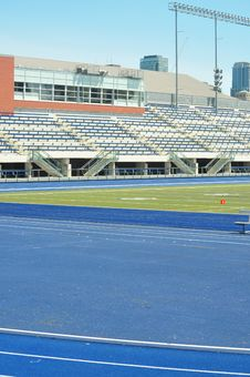 Free Track And Field Stadium Royalty Free Stock Photography - 21327057