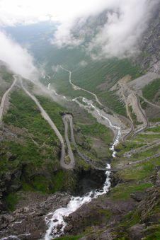 Free Trollstigen Vegen Royalty Free Stock Images - 21329579