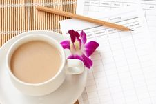 Free A Cup Of Coffee Cup With Planning Paper Royalty Free Stock Photos - 21332598