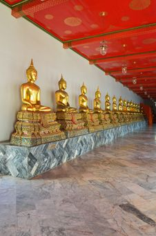 Free Golden Buddha Stock Photography - 21346662
