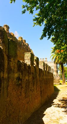Free Medieval Moslem Fortress City Wall In Sevilla Stock Photo - 21355030