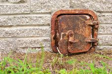 Free Old Rusted Iron Door Royalty Free Stock Photography - 21355797