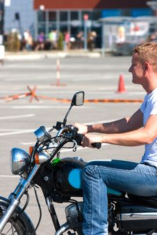 Free Learning To Drive A Motorcycle Royalty Free Stock Images - 21361499