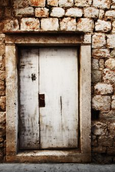 Free Old Wooden Door Royalty Free Stock Photo - 21363945