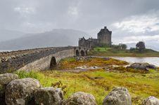 Free Eilean Donan Castle In Rain Royalty Free Stock Photography - 21382857