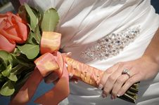 Free Closeup Of Bride Holding Bouquet Royalty Free Stock Photography - 21384097