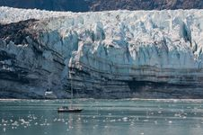 Free Tiny Boat And Glacier Stock Photography - 21384572