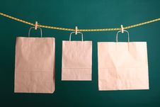 Free Shopping Paper Gift Bags Royalty Free Stock Photos - 21384678