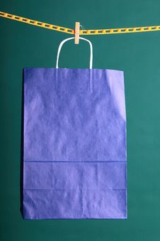 Free Shopping Paper Gift Bags Royalty Free Stock Images - 21384699