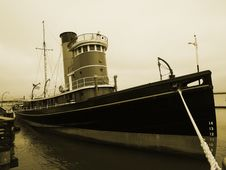 Free Old Boat At Pier Stock Image - 21385151