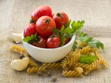 Free Tomato And Pasta Royalty Free Stock Photo - 21390935
