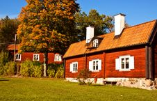 Free Old House. Royalty Free Stock Photo - 21392085
