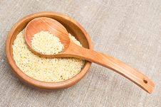 Free Rice In Wooden Plate Royalty Free Stock Image - 21392966