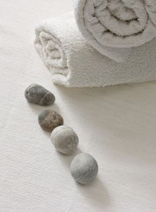 Free Cobbles With White Towels Stock Photos - 21394493