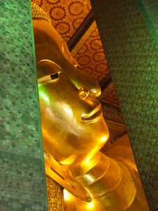 Free Reclining Buddha Royalty Free Stock Image - 21396266