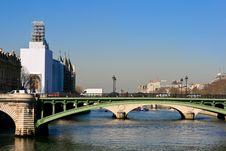 Free Bridge In Paris Royalty Free Stock Image - 21398376