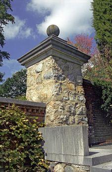 Free Stone Column Royalty Free Stock Image - 2140736