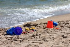 Free Beach Toys Horizontal Royalty Free Stock Photo - 2148745