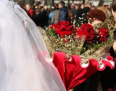 Free Bride With Flowers Royalty Free Stock Photography - 2149857