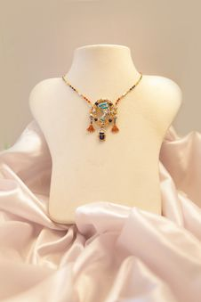 Free Jewelry Royalty Free Stock Photos - 21404318