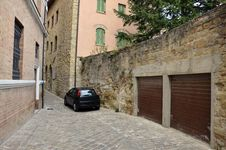 Free Garage On Narrow Street Stock Image - 21409221