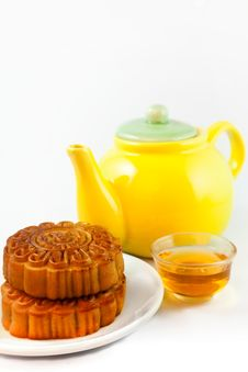 Free Chinese Moon Cake With Tea Stock Image - 21412561